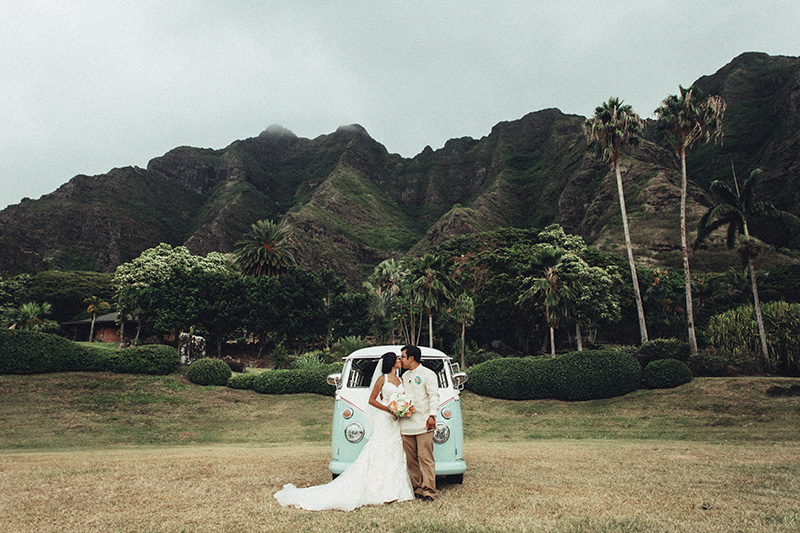 Hawaii Wedding Photographer Kualoa Ranch Paliku Gardens